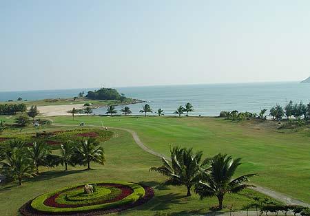 图文-海南南燕湾高尔夫球场国内唯一的全海景