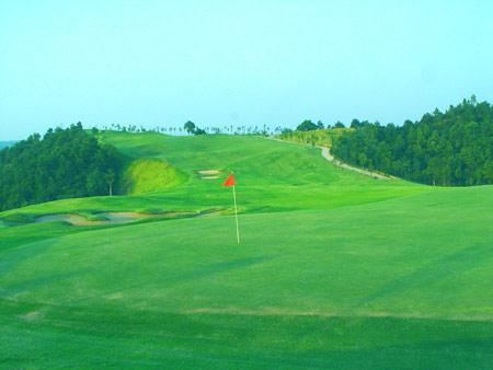 图文-青竹湖国际高尔夫球会于翠绿中收获胜利