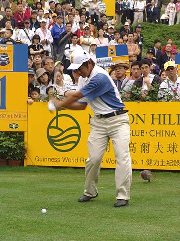 图文-第二届朝王杯第二轮小白球在静等一击