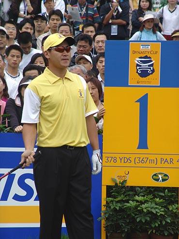 图文-第二届朝王杯第二轮菲律宾小将奎伊