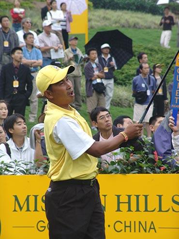 图文-第二届朝王杯第二轮泰国老将威拉沧