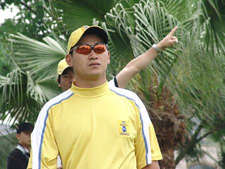 图文-2005年亚日朝王杯决赛轮小将奎伊赢得胜利