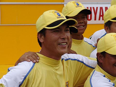 图文-朝王杯对抗赛圆满收杆连伟为亚洲队立功