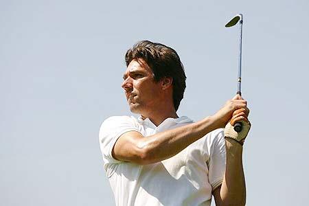 图文-GOFUS杯高尔夫慈善比赛网坛巨星史提克