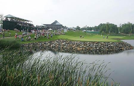 图文-LPGA锦标赛第三轮收杆岩石球场乡村风味