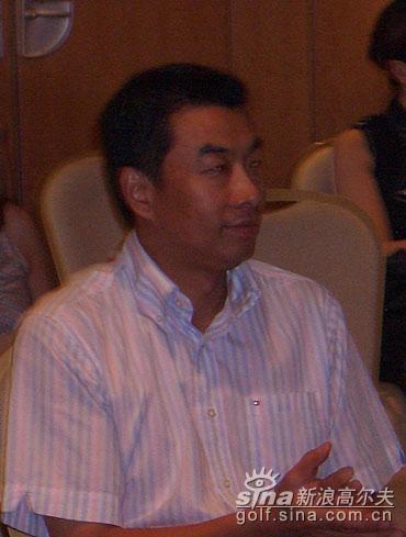 图文-2005年跨国公司精英赛系列赛主席陈辉出席