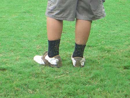 图文-全国青少年锦标赛收杆下雨让一切变困难