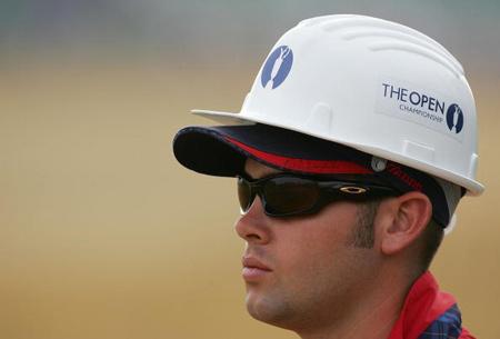 图文-英国公开赛第三轮结束赛场安全是第一位