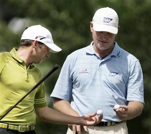 图文-第88届PGA锦标赛开杆埃尔斯与加西亚同组