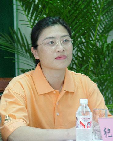 图文-第11家球会加盟FGT威海泛华总经理纪红斌