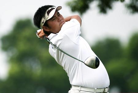 图文-高尔夫中巡赛上海站尚磊正在调整状态