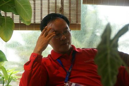 图文-海南总决赛赛事组织花絮忧虑的山鸟