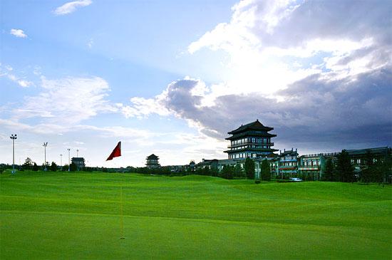 图文-第一城高尔夫球场环城围绕球道果岭