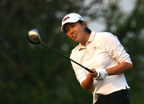 图文-美的女子精英赛配对赛黄萍在4号洞开球