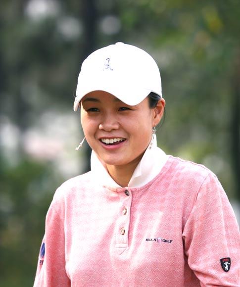 图文-美的女子精英赛第一轮盛秋艳开心的笑容