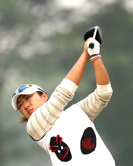 图文-美的女子精英赛第二轮白云雁职业首战
