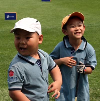 图文-中信青少年赛华北区小选手比赛表演天赋