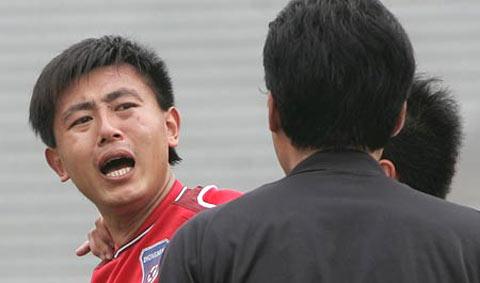 门柱阻挡力帆赛季首胜副班长重庆0-0憾平青岛