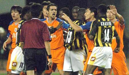 亚足联纪律委员会重罚鲁能郑智被全面禁赛半年