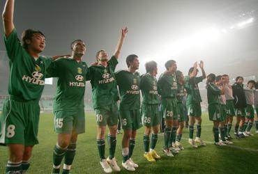 亚冠-韩国人补时阶段上演绝杀全北总比分3-2捧杯