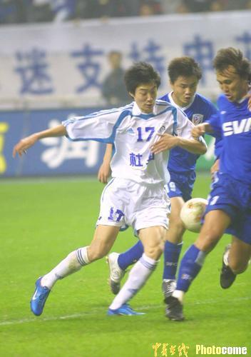 图文-上海申花0-1不敌大连实德实德小将力挽狂澜
