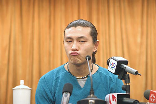 图文-张玉宁举行媒体见面会这个问题很难回答