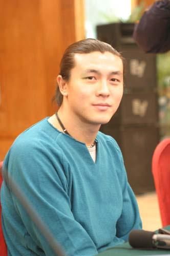 图文-张玉宁举行媒体见面会我们曾经是好兄弟