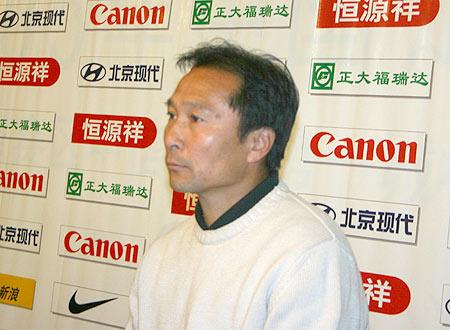 图文-[中超]北京现代4-0申花沈祥福为何这般严肃?