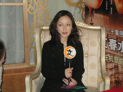 图文-李金羽女友孙宁精彩写真接受采访有些害羞