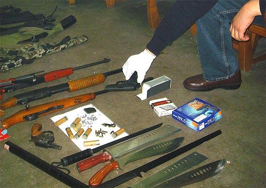 图文-刘建生涉毒被警方抓获同伙大量枪械令人震惊