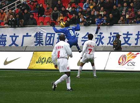 图文-[中超]上海申花0-0长春亚泰新外援技术全面