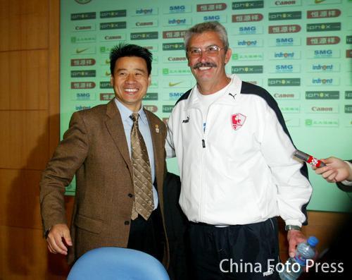 图文-上海德比申花0-0联城笑容背后掩盖了什么