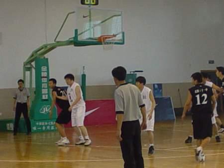 队员-NIKE高中图文沈阳赛区决赛高中进行贴身生物篮球细胞核