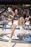 NBA性感女郎-小牛宝贝野性风格热舞手脚并用