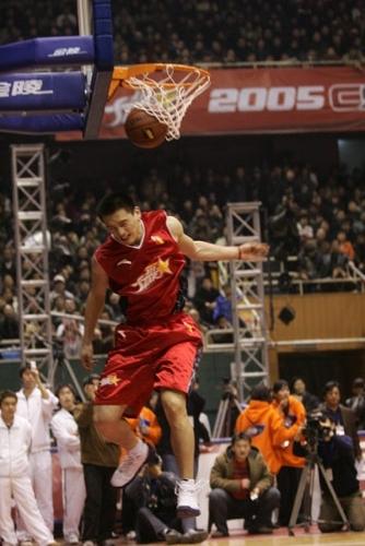 图文-[CBA全明星赛]灌篮大赛胡光轻松获得冠军