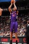 图文-[NBA]猛龙101-103负76人唐尼尔-马绍尔中投