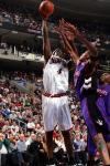 图文-[NBA]猛龙101-103负76人韦伯上演小勾手