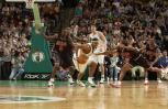 图文-[NBA]公牛94-86凯尔特人皮尔斯捍卫到手的球