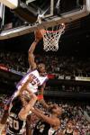 图文-[NBA]马刺101-95太阳小斯:别看着我扣篮