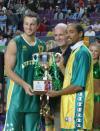图文-四国赛中国男篮再负澳大利亚澳队本土捧杯