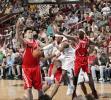 图文-[NBA]火箭87-81胜76人I3内线突破分球