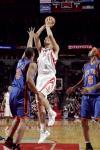 图文-[NBA]尼克斯83-90火箭姚明24分直指胜利