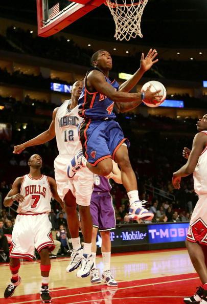 图文-NBA全明星新秀挑战赛罗宾逊上篮霍华德无奈