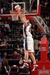 图文-NBA全明星新秀挑战赛克尔斯蒂奇轻松扣篮