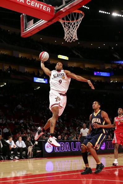 图文-NBA全明星新秀挑战赛伊古欧达拉有飞人潜质