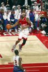 图文-2006NBA全明星大赛麦蒂:比比谁扣的多