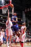图文-[NBA]76人106-101火箭亨特上篮不惧姚明