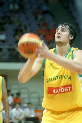 图文-[斯杯]澳大利亚vs希腊状元秀罚球不在话下