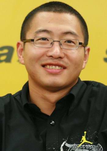 图文-著名解说员于嘉做客新浪畅谈世锦赛展灿烂笑容