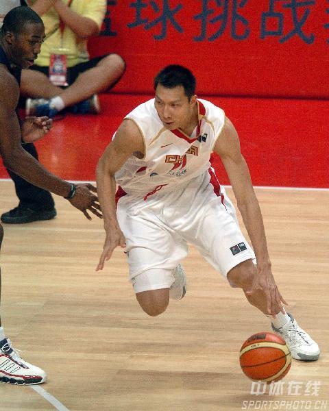 资料图文-中国男篮世锦赛大名单出炉11号易建联